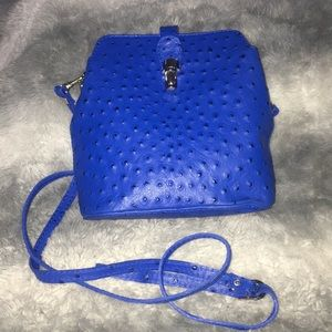 Handbags - 💙🏛Leather purse from Italy🌈💙